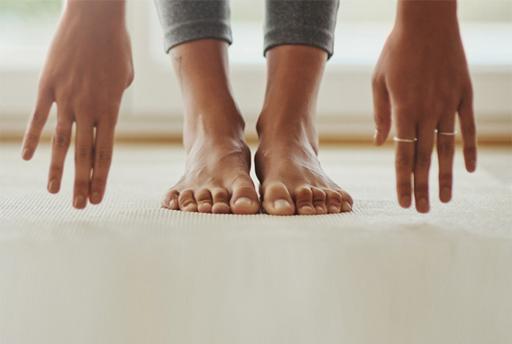 blote voeten en handen