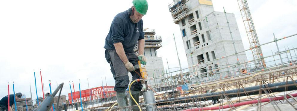 oudere medewerker in de bouw